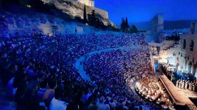 Έτος Θεοδωράκη το 2005 με σειρά εκδηλώσεων σε όλη τη χώρα