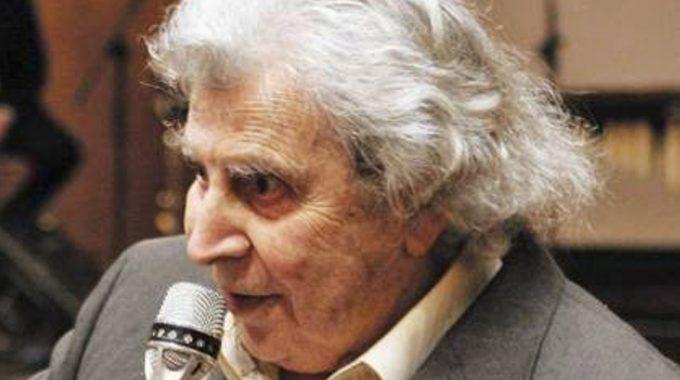 Μίκης Θεοδωράκης: Συγχαίρω τον ΣΥΡΙΖΑ, αλλά τα λόγια να γίνουν πράξεις